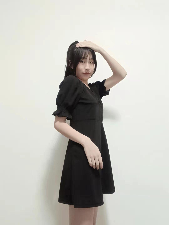 泡泡袖法式复古连衣裙