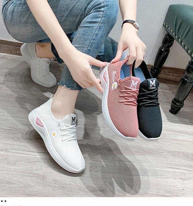 小雏菊女鞋春秋夏季新款小白鞋透气