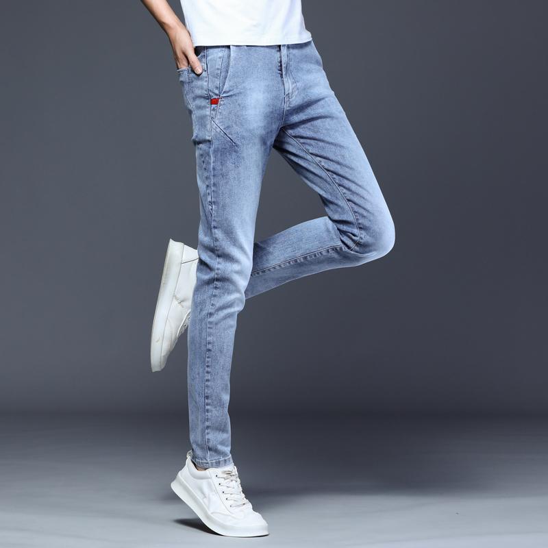 秋冬加绒浅色牛仔裤男网红修身弹力小脚裤2020潮牌男士小直筒长裤
