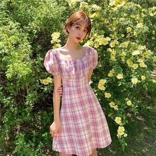 夏季小清新法式小众方领泡泡袖格子连衣裙女