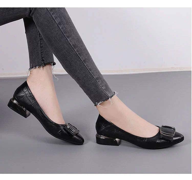 eazm软皮单鞋女平底鞋2021夏季新款粗跟尖头小皮鞋女工作女鞋C