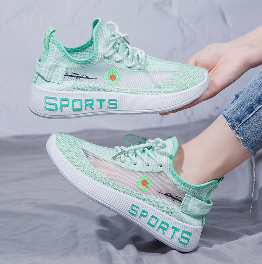 2020新款女生小皱菊运动鞋椰子鞋